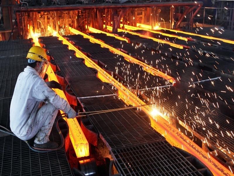 分析認為,特朗普的新命令,可能損害歐洲和亞洲的鋼鐵製造商,並引發報復,及影響中美貿易關係。