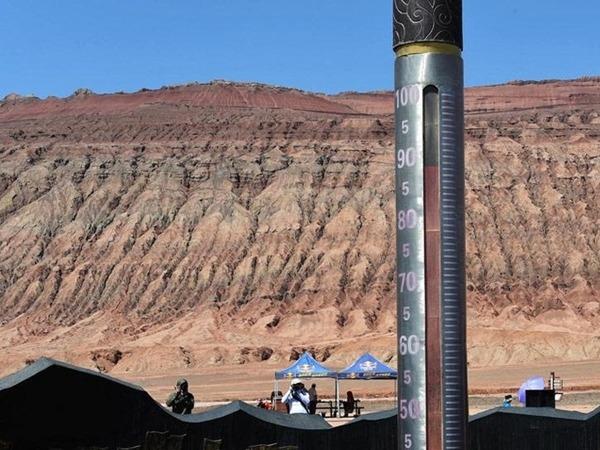 昨日吐魯番火焰山地表一度高達88℃。