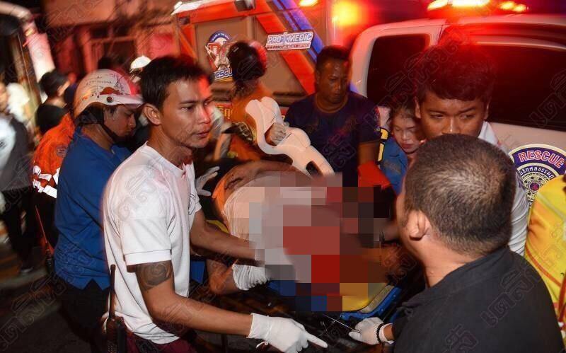 傷者被救出。