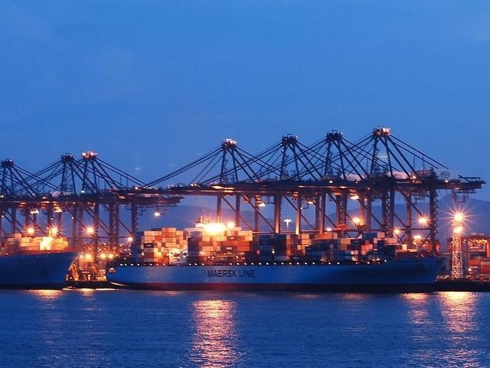 海關總署今天公布的外貿數據反映,儘管進口表現強勁,但出口卻遜於預期。