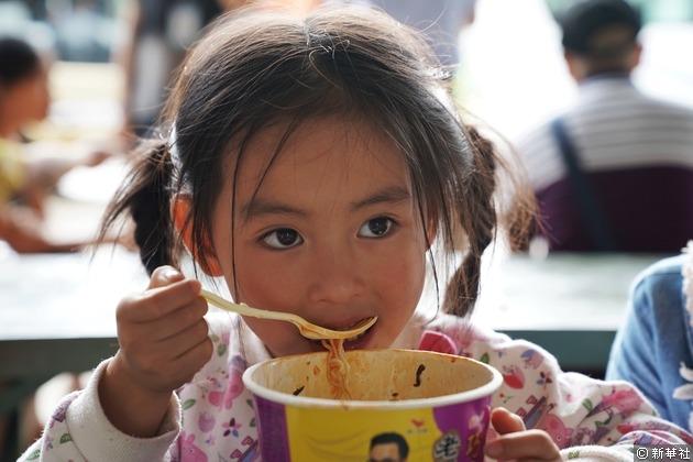 中國是即食麵消費的「超級強國」,中國人每年吃掉數百億包即食麵。