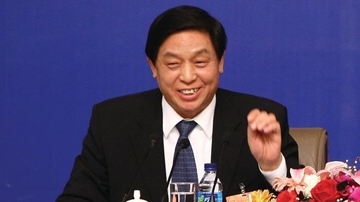 第十三屆全國人大一次會議今早在北京舉行預備會及主席團會議,推選中共政治局常委栗戰書等10人,擔任主席團常務主席。