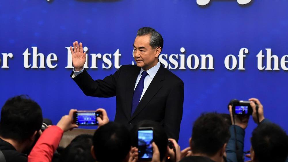 中國外交部長王毅今早在全國人大記者會上表示,中國的發展振興不可阻擋,但中美不必做對手,中國不會取代美國的作用。