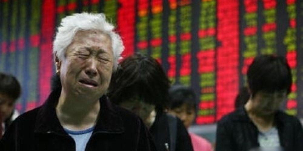 分析師指出,市場觀望明日(4月17日)公布的的一季度國內生產總值(GDP)數據,加上中美貿易戰升溫,大市調整仍未結束,預計短期大市將延續反覆探底走勢。