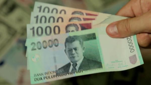 荷蘭國際集團 Ing 經濟師薩克帕 Prakash Sakpal 指 印尼盾比起其他新興市場貨幣表現不佳 主要原因是印尼盾經常帳赤字龐大