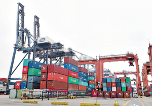 本港1月整體出口貨值達3487億元,按年下跌0.4%,惟已較市場預期理想。(資料圖片)