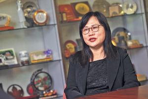 中大护理学专业应用副教授陈惠娇表示,高血压可以引起多种并发症,恒常运动习惯可帮助控制血压。(张永康摄)