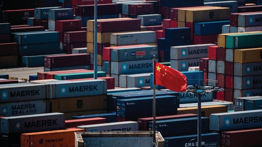 美國政府正就升級針對中國關稅措施展開聽證。在當地時間周一的首天會議上,美國零售及生產商出現幾近壓倒性聲音,指中國生產優勢無法匹敵,加關稅只會增加美企成本、百利無一害。